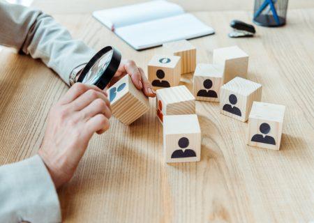 Những doanh nghiệp nào cần triển khai phần mềm CRM?